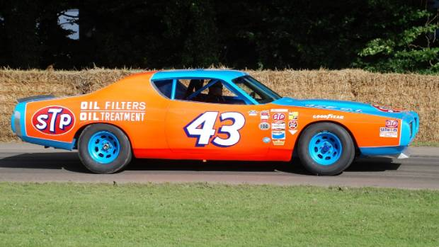 STP livery happened when Richard Petty decided not to be petty about sticking to Petty Blue.