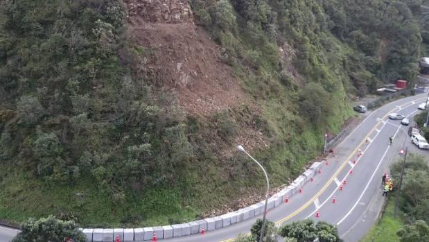 New slip closes Ngaio Gorge Rd yet again