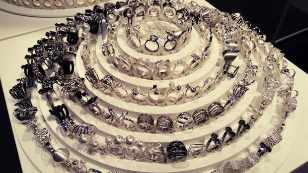 The sheer number of ring options can leave some people feeling overwhelmed. No one wants to get the ring wrong.