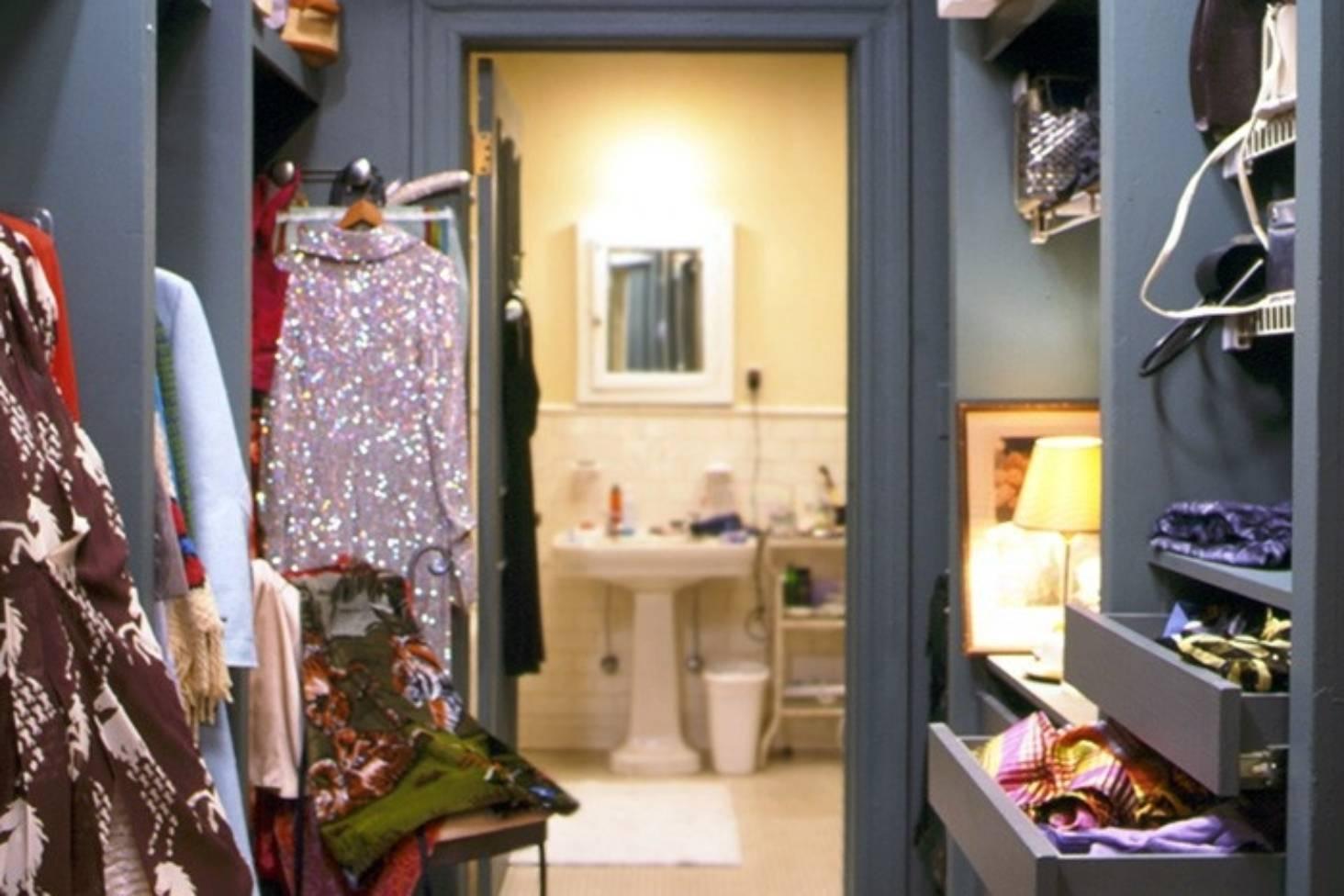 Ensuite Through The Wardrobe Is It A Good Idea Stuff Co Nz