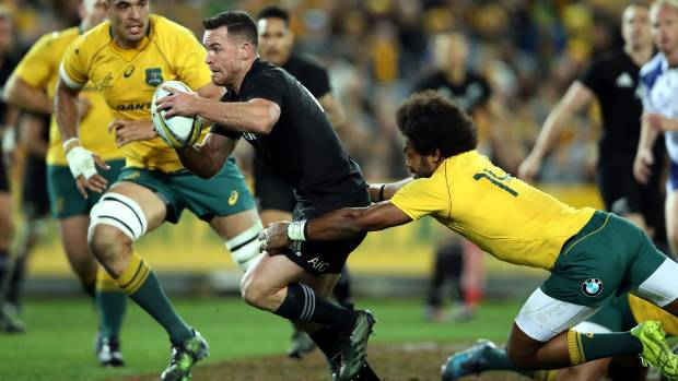 Ryan Crotty beats Henry Speight to score in first Bledisloe Cup test in Sydney.