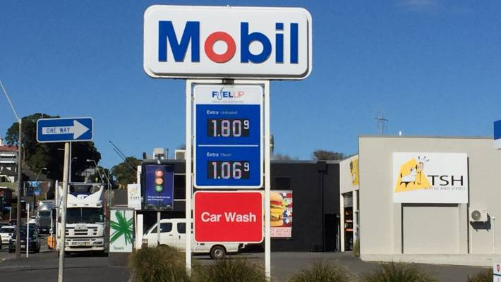 Mobil offers FuelUp offers from New World and Pak 'n Save.
