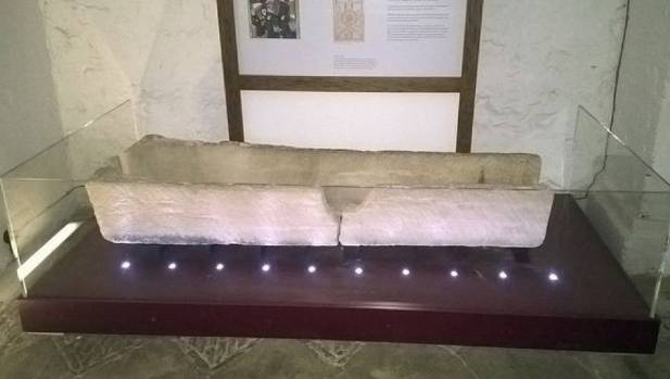 800-year-old coffin damage in United Kingdom museum
