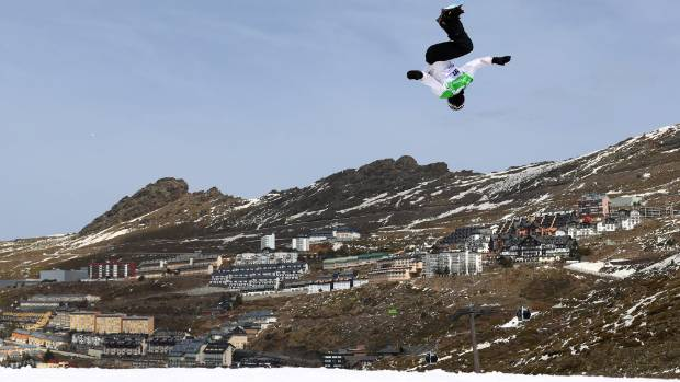 Zoi Sadowski Synnott flies for the silver medal in the Women's Snowboard Big Air at the FIS Freestyle Ski & Snowboard ...