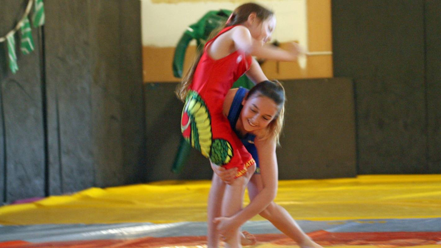 Competitive mixed wresting amateur