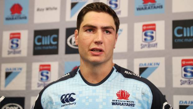 Wallabies lock Simmons signs with Waratahs