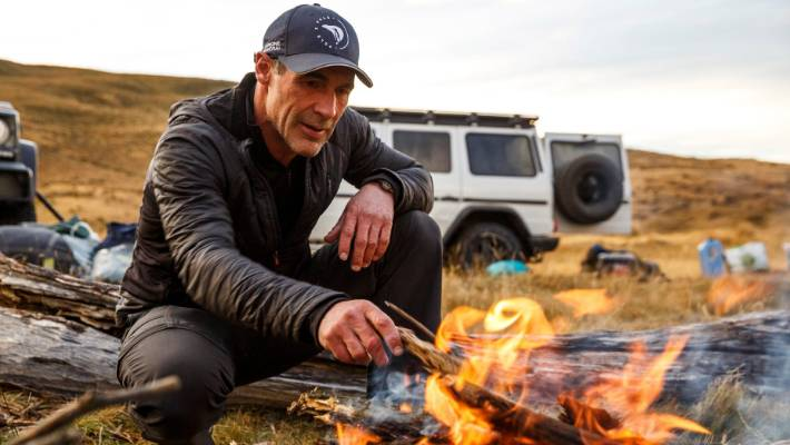 explorer mike horn completes new zealand leg of pole2pole expedition. Black Bedroom Furniture Sets. Home Design Ideas