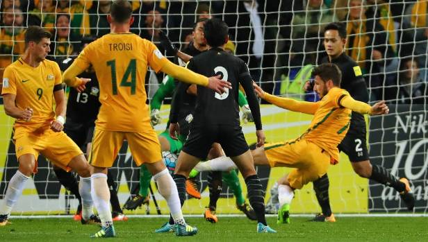 Mathew Leckie bangs in the match-winning goal for the Socceroos against Thailand at AAMI Park.