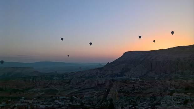 The pair had breakfast in a hot air balloon over Cappadocin, Turkey.
