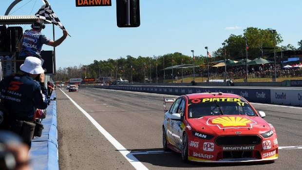 Scott McLaughlin holds a narrow lead over Jamie Whincup in the Supercars championship.