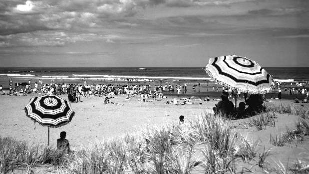 Riversdale in the early 1960s. An era when marram grass, lupin and iceplant were mainly used to combat erosion.