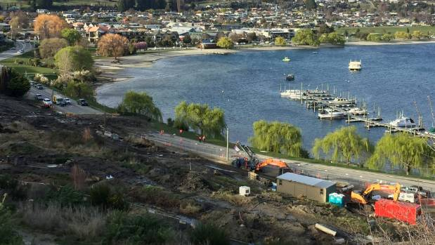 Work is about to start on clearing a slip blocking Lakeside Road in Wanaka. One lane only will be opened for now.