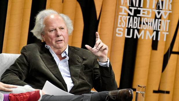 Editor of Vanity Fair, Graydon Carter, has stepped down after 5 years at the helm.