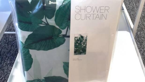 Bring botanical motifs into the bathroom.