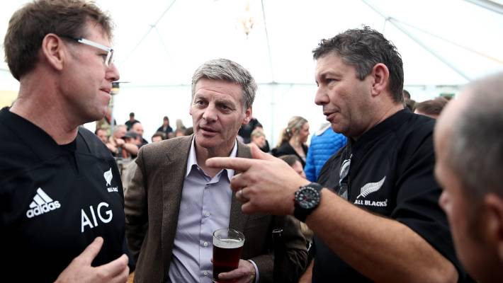 How does Prime Minister Bill English rate in the Stuff sports quiz