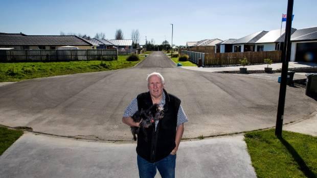 Resident Roger Locke spoke up on behalf of 40 residents opposing his neighbours' home business venture.