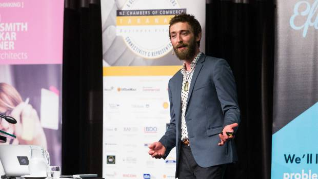 Tané Hunter spoke to a group of people at the Devon Hotel about technological trends that are shaping the way we live, ...