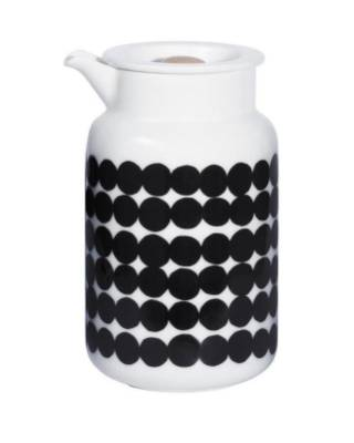 A simplistic design with a complicated name, the Marimekko Siirtolapuutarha can be matched to the fabric on the table. ...