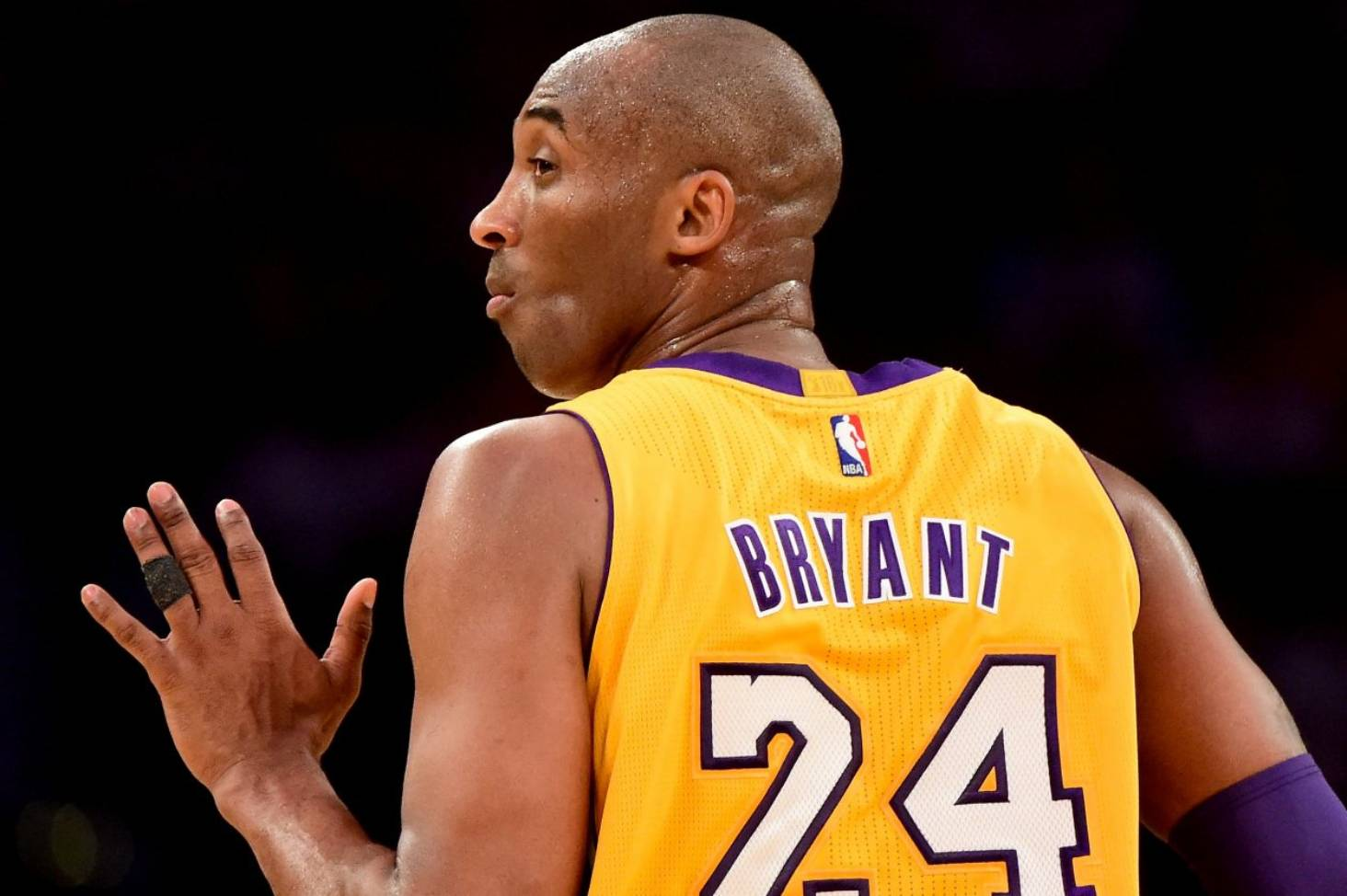 0f474a127 Los Angeles Lakers reportedly to retire both No 8 and 24 for Kobe Bryant