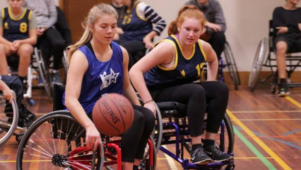 Auckland WheelStarz player Daisy Eaglesome in possession of the ball.