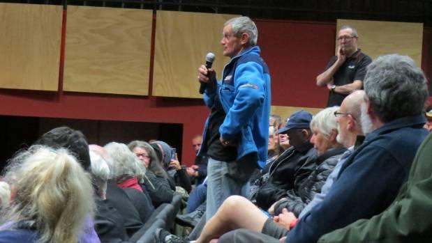 Allan Donaldson questions the panel.