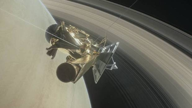 Nasa's Cassini spacecraft will make its final plunge into Saturn's atmosphere early on Saturday.