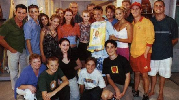 The early 2000s cast of Home and Away.