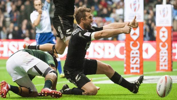 Kurt Baker shows off his trademark double thumbs up try-celebration for the New Zealand Sevens in 2016.