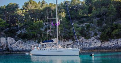 Discover the ancient sailing routes around Croatia on an eight-day trip on a sailing boat.