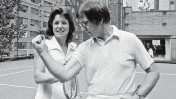 Tennis stars Billie Jean King and Bobby Riggs in 1973.