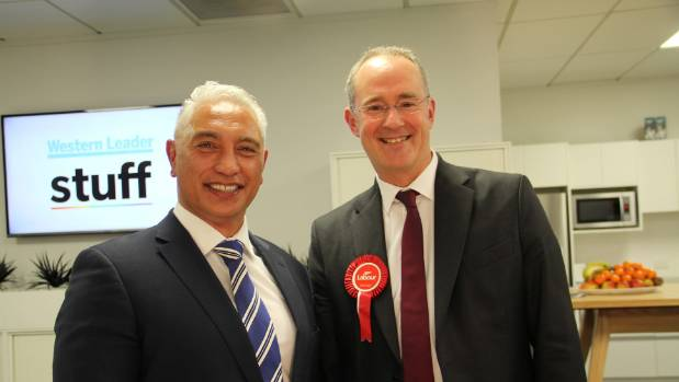 National MP Alfred Ngaro and Labour Party MP Phil Twyford ran for Te Atatū.