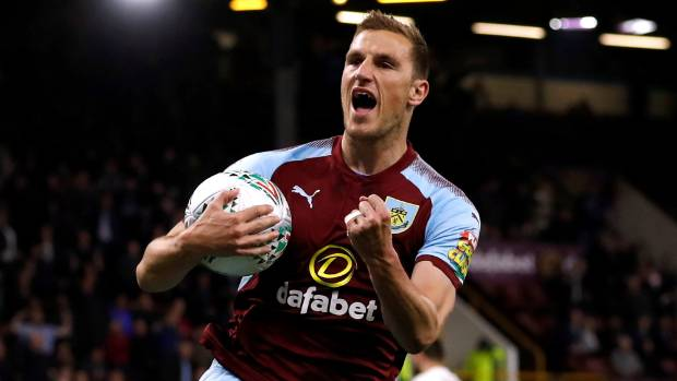 Sean Dyche expects Burnley to maintain their level against Leeds