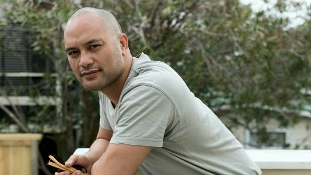 Francis Kora, from Kora, wrote one of the Modern Māori Quartet's first original singles Shine for his daughter.