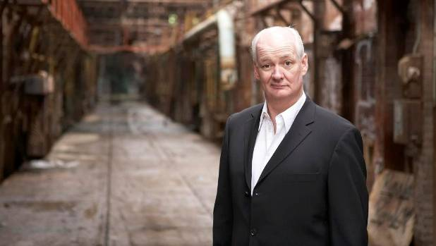 Colin Mochrie will preform at Auckland's Town Hall on November 3.