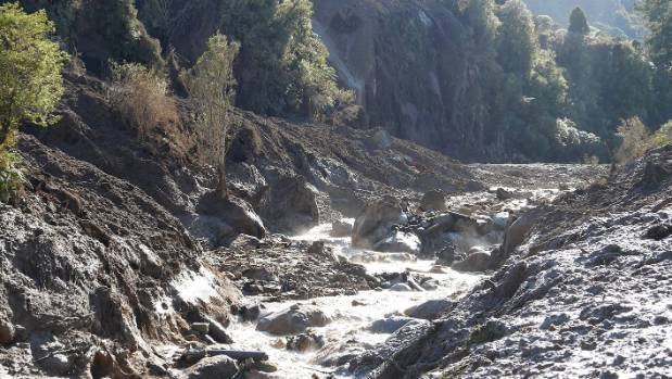 Masses of dirt and rock has fallen into the Mangaokewa River.