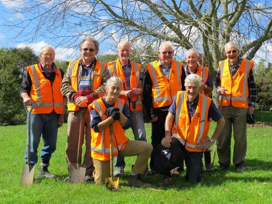 These dedicated volunteers from the Bay of Plenty Tree Society created one of the best collections of rare and unusual ...