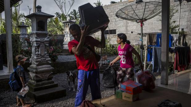 More than 34000 flee Bali volcano amid eruption fears