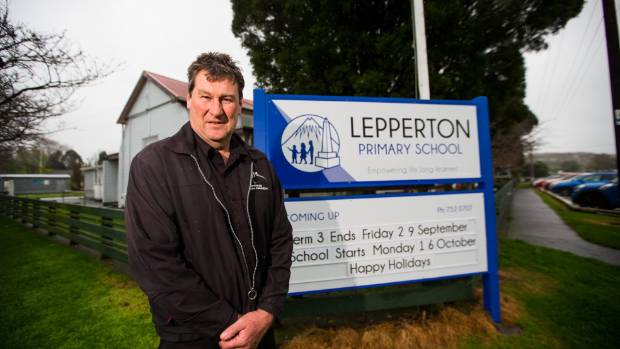 Lepperton Primary School principal Charles Gibson says he has been congratulated by other principals for getting out of ...