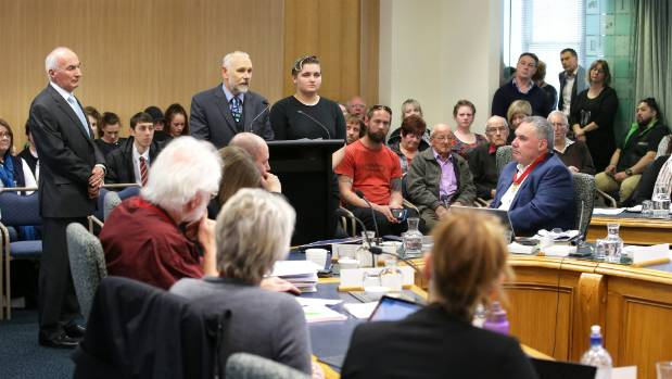 Invercargill City Council meeting discussing the future of Invercargill's Number 10 youth organisation in central ...