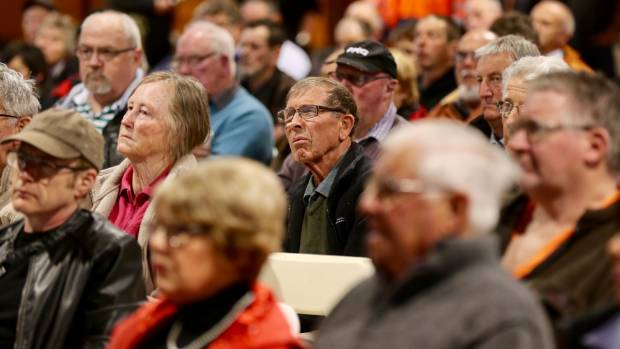 Woodville residents attended a meeting to find out about the 13 alternative options to the Manawatū Gorge.