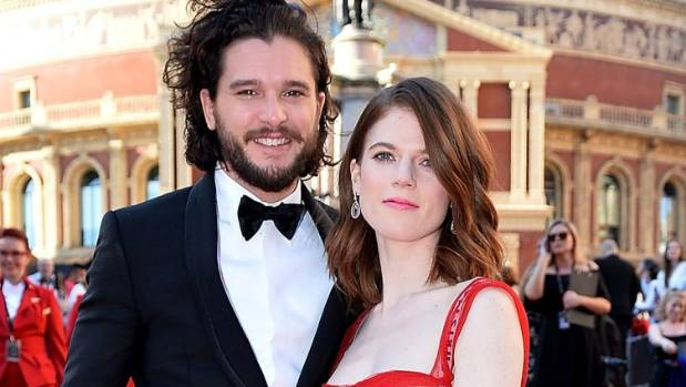 Reports from Britain suggest Game of Thrones stars Rose Leslie and Kit Harington are engaged.