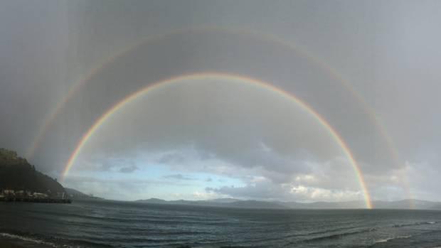 Days Bay, Eastbourne, Wellington harbour 22 / 8 / 2017