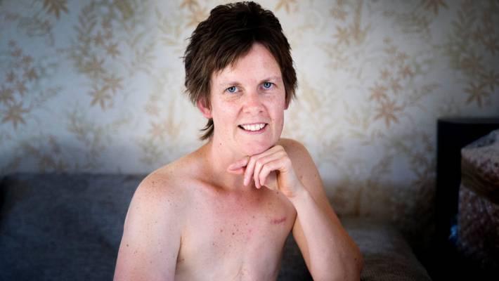 Sex with school girl in bath tub