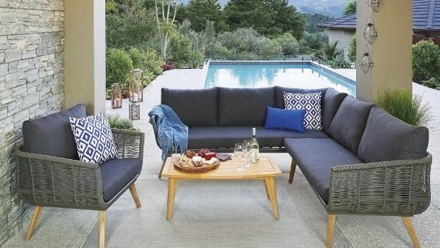 Thereu0027s A Strong Mid Century Influence In The Nouveau Nero Lounge Outdoor  Seating From Mitre. MITRE 10 Part 67