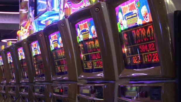 The International Gambling Conference kicked off on Monday to rallying calls from experts to ban pokie machines in bars ...