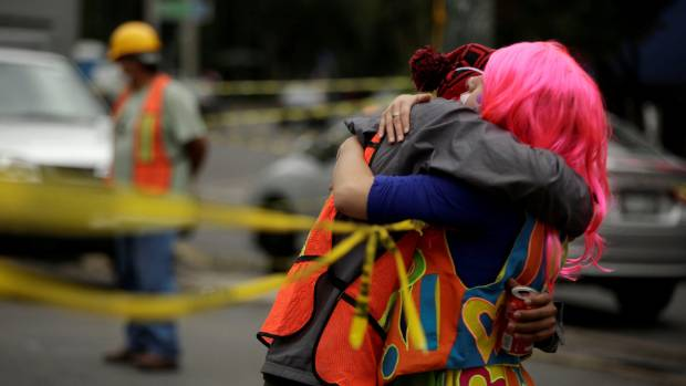 Mexico moves quake death toll down to 223