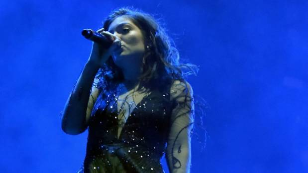 Lorde will perform at the New Zealand Music Awards in November.