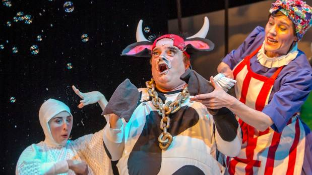 Mrs Wishy Washy by Tim Bray Productions is kids' theatre at its best.