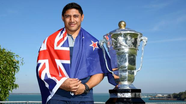 Jason Taumalolo will play for Tonga at the Rugby League World Cup, despite posing with a New Zealand flag for promo shots.