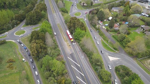 Te Kuiti highway closed following serious crash